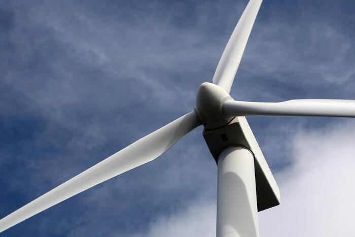 Hea tööstustransmissiooniõliga töötab elektrituulik tõrgeteta